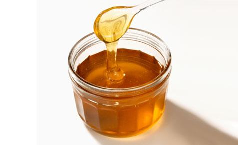 عسل خام و خواص درمانی در زیبایی